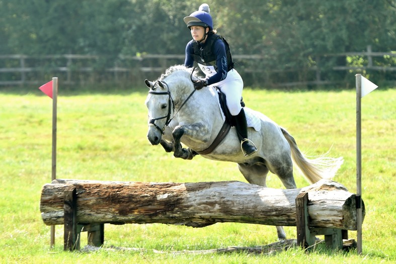Ballinger Equine practice administrator Sharni Heaps on her own Lyndhurst Romeo riding the cross-country course at the Puckeridge Hunt Western Pony Club Open Novice One-Day-Event, 5 September 2021. Sharni finished in third place in her class.